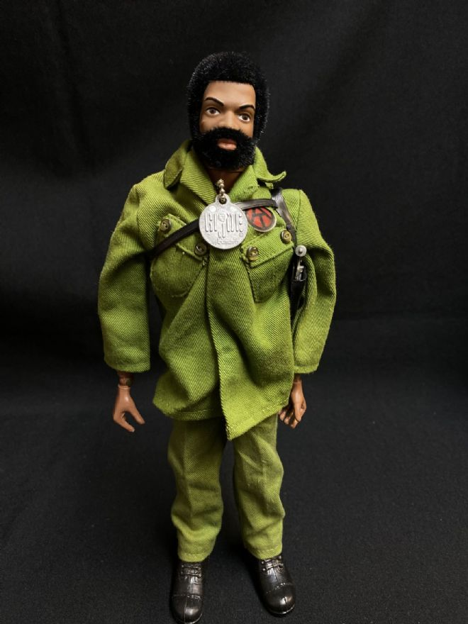 GI JOE - TALKING ADVENTURE TEAM BLACK COMMANDER (1)